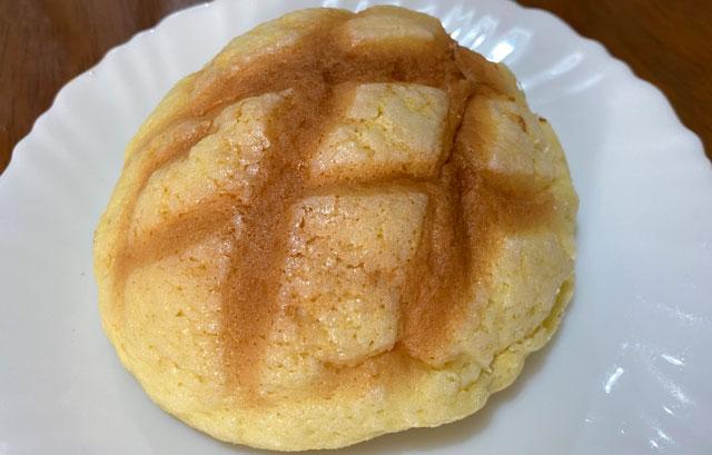 越中岩瀬ベーカリーみやのメロンパン