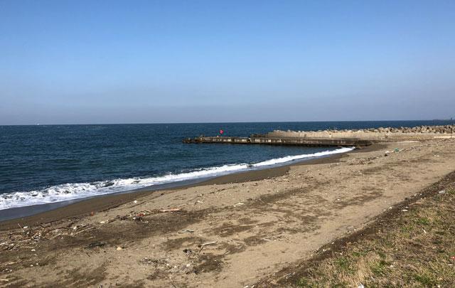 四方漁港から一番近い砂浜