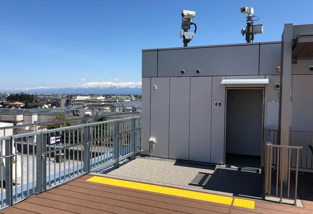 富山きときと空港の新しくなった展望デッキのトイレ