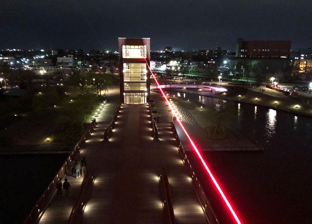 富岩運河環水公園の天門橋のライトアップイルミネーション(見下ろし)