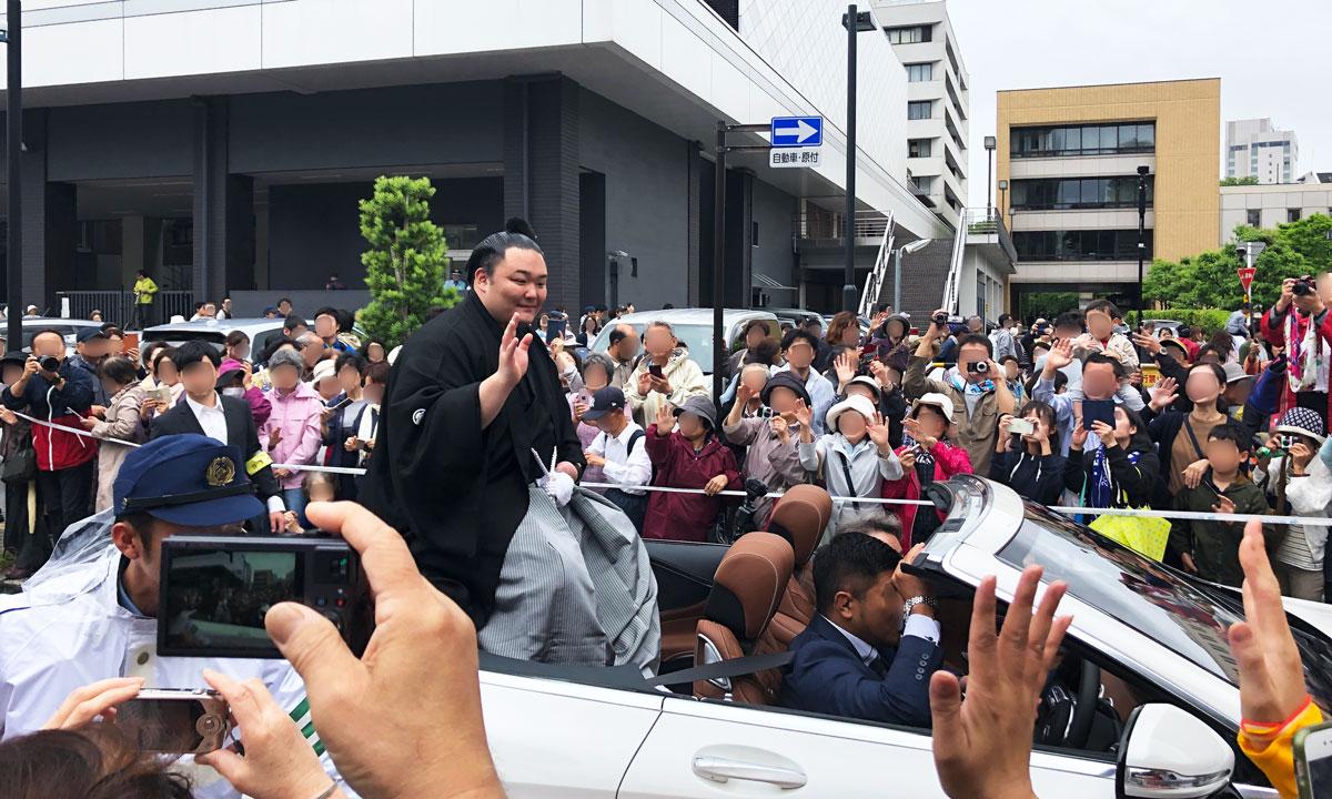【朝乃山関の富山凱旋パレード見てきた(動画あり)】大観衆や現場の様子!
