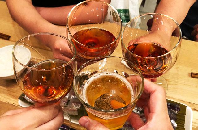 富山県射水市内川の貸切の宿泊施設「水辺の民家ホテル」で乾杯!