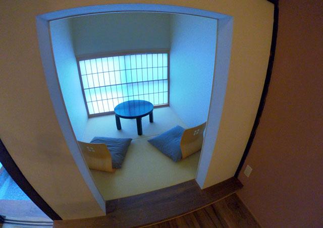 富山県射水市内川の貸切の宿泊施設「水辺の民家ホテル」の「カモメ」のまったり部屋