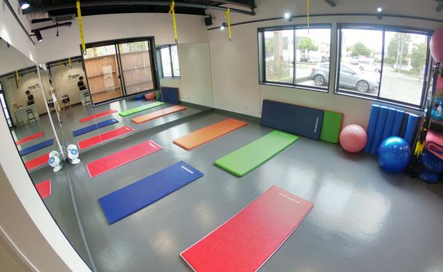 富山市二口町の接骨院プロデュースのセミパーソナルジム「ゆめたかトレーニングジム」のトレーニングマット