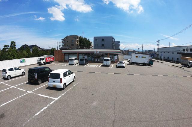 富山県内で唯一アイスコールド コカコーラを販売している「セブンイレブン赤田店」
