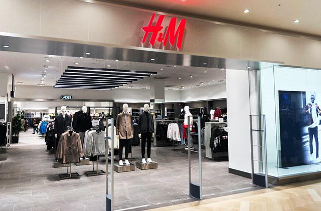 増床リニューアルしたファボーレ富山のH&M(エイチアンドエム)