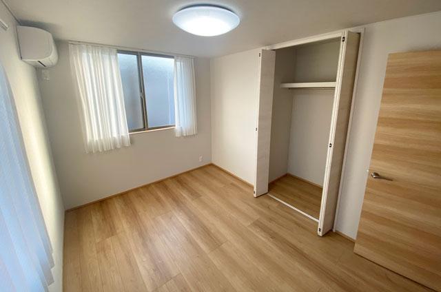 富山市上二杉のミタホームのオープンハウスの2階子ども部屋2
