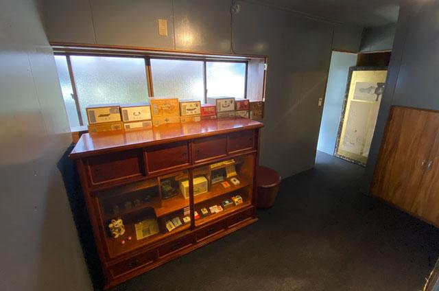 富山県富山市岩瀬の売薬宿屋「山キ」の資料室
