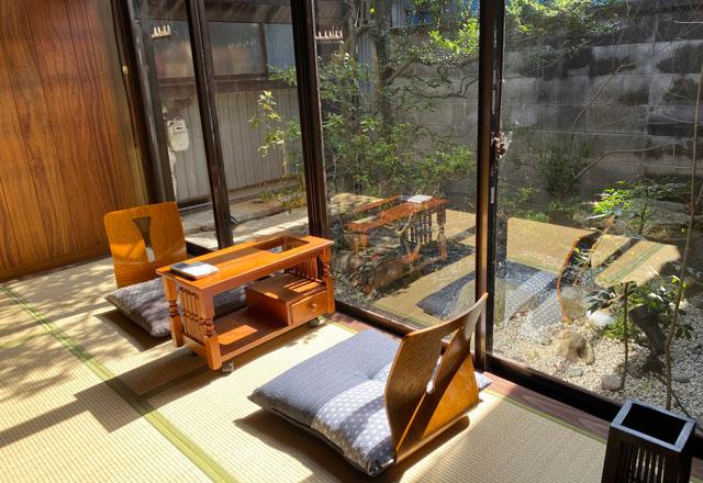 富山県富山市岩瀬の売薬宿屋「山キ」の和室