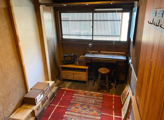 富山県富山市岩瀬の売薬宿屋「山キ」の書斎