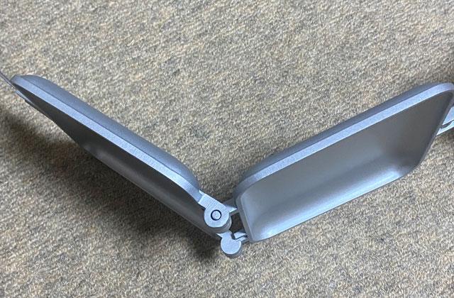 コーベックの直火式(ガス火専用)ホットサンドメーカーの分離できる角度