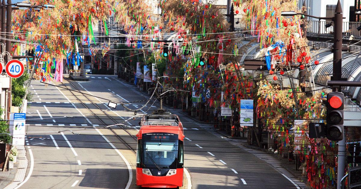 【高岡七夕祭り】北日本新聞納涼花火や、高岡駅前大通りの七夕飾り!