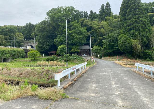 富山市婦中町安田にある観光名所「朝日の滝」の場所・アクセス