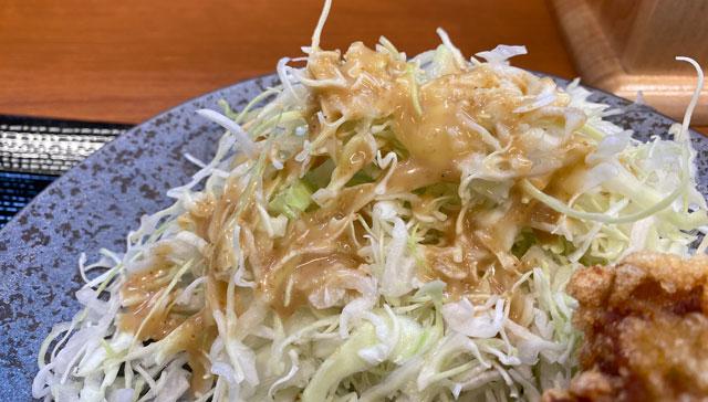 唐揚げ専門店からやま富山飯野店のサラダ