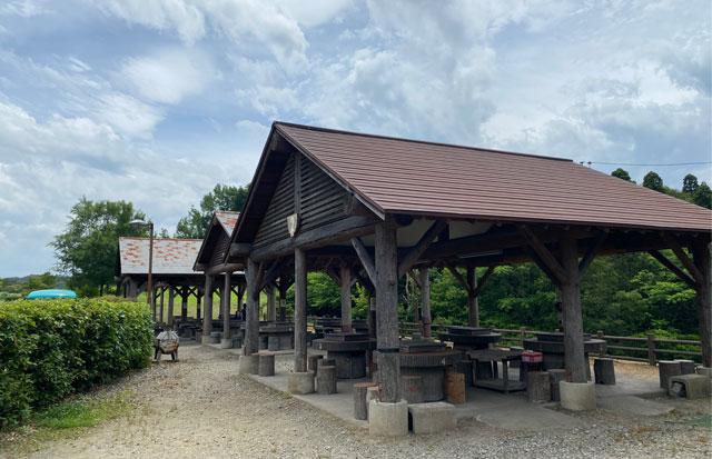 古洞の森のバーベキューコーナー