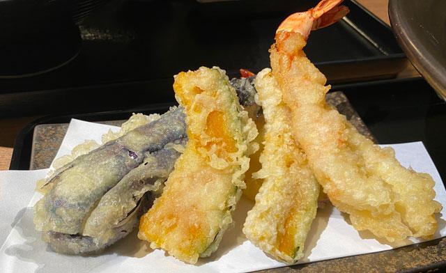 富山市黒瀬の蕎麦屋「OLIMBA オリンバ」の天ぷら