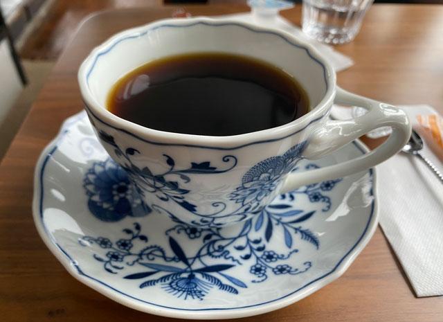 富山市呉羽城山のコワーキングスペース&カフェ「空の森」のホットコーヒー