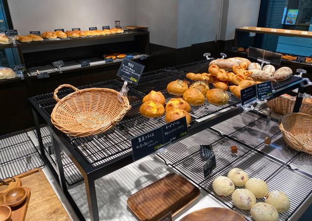富山市の総曲輪ベース、パン屋さんBoulangerie Doyo(ブーランジェリー ドーヨー)のパン