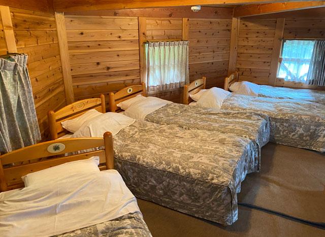 森のコテージ木・MAMAのベッドルーム