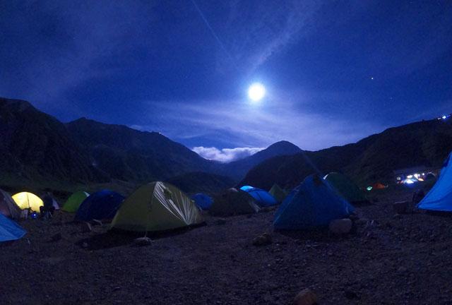 夜の雷鳥沢キャンプ場