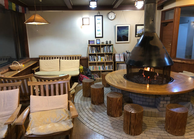 雷鳥荘の暖炉