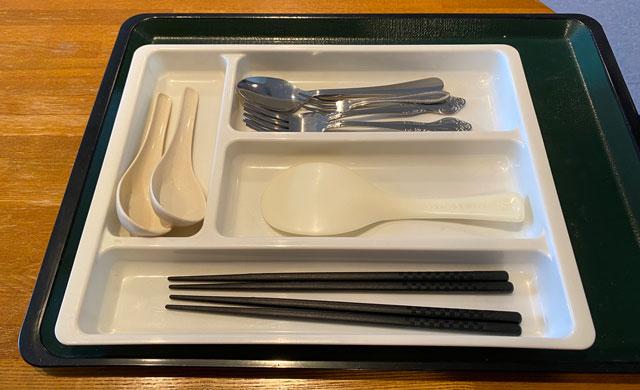 富山市のペットと泊まれる宿「ふれあいの里ささみね」の箸やスプーン