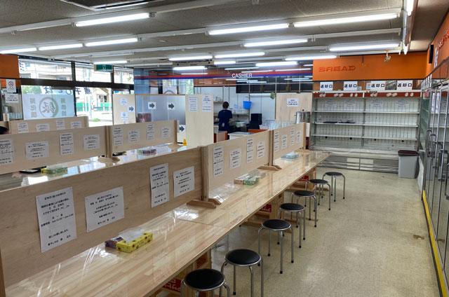 富山市旧大沢野の無添加無化調のラーメン屋「煮干しそば 銀」の店内の様子2