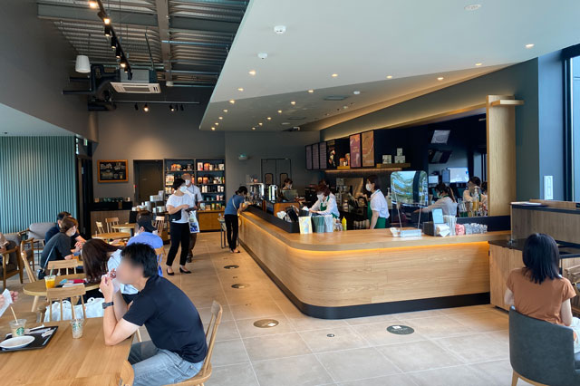 スターバックスコーヒー射水歌の森運動公園店の店内の様子2
