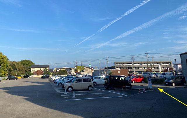富山市五福のラーメン屋「麺処 福助」の駐車場の場所3