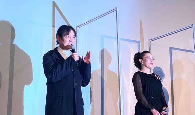 富山がロケ地の映画『大コメ騒動』の舞台挨拶、本木克英監督