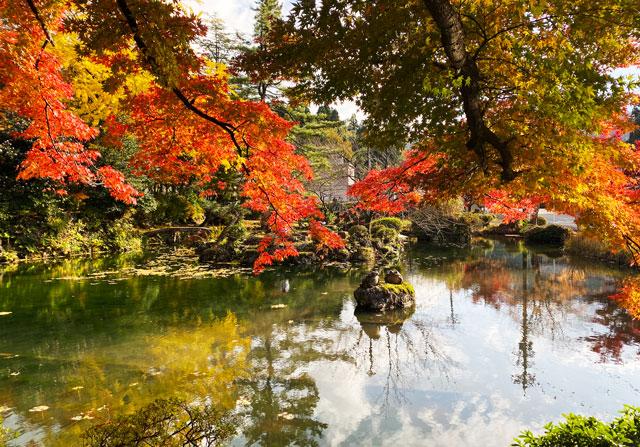 富山市旧大沢野の新緑と紅葉の名所「寺家公園」のベストな紅葉スポット