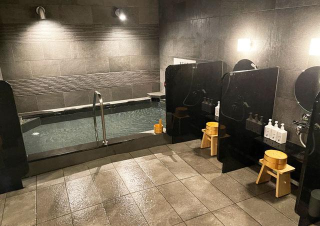 富山県富山市小杉、JR小杉駅徒歩1分のビジネスホテル「スーパーホテル」の温泉、東風の湯(あいのかぜのゆ)