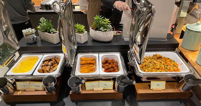 富山県富山市小杉、JR小杉駅徒歩1分のビジネスホテル「スーパーホテル」の健康朝食バイキングのおかず