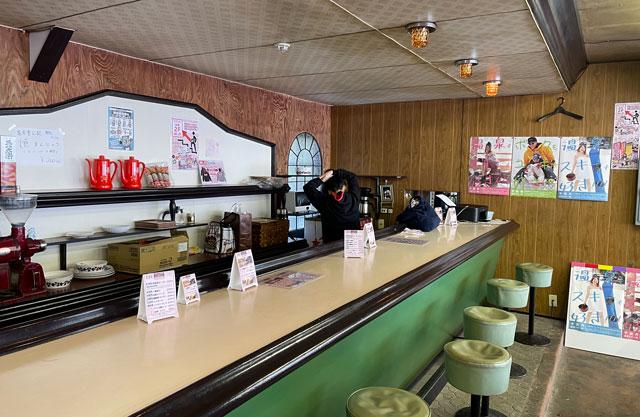 富山県黒部市宇奈月温泉のスキー場「宇奈月スノーパーク」の土日限定のウナジョカフェ