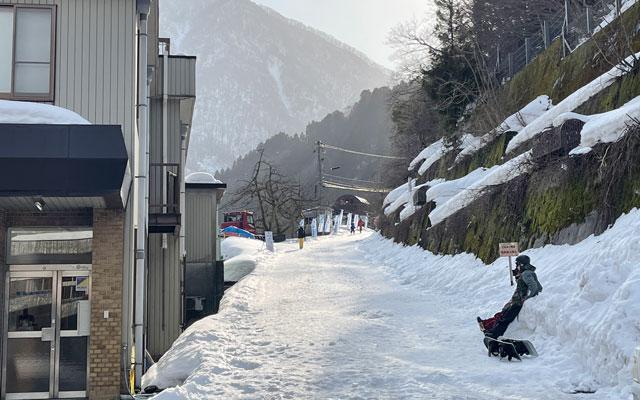 富山県黒部市宇奈月温泉のスキー場「宇奈月スノーパーク」への行き方3