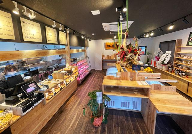 氷見牛屋横に移転リニューアルオープンした「精肉牛屋(せいにくぎゅうや)」の店内