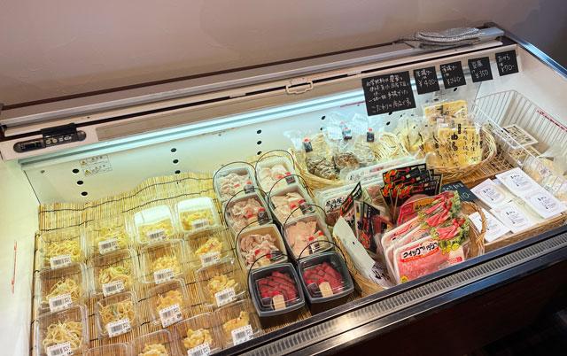 氷見牛屋横に移転リニューアルオープンした「精肉牛屋(せいにくぎゅうや)」のこだわりの手作り惣菜