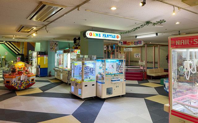 富山県高岡市の北陸健康センターアラピアのアミューズメントコーナー