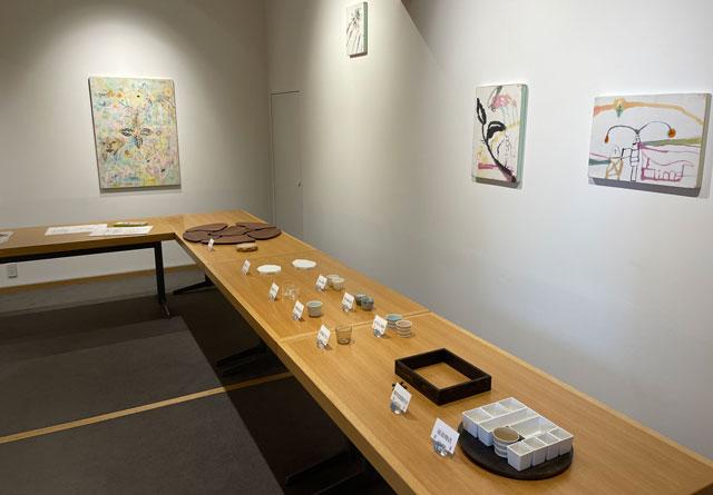 富山県美術館のレストラン「ビビビとジュルリ」の工芸品の食器
