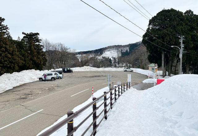 富山県砺波市のとなみ夢の平スキー場の第3駐車場