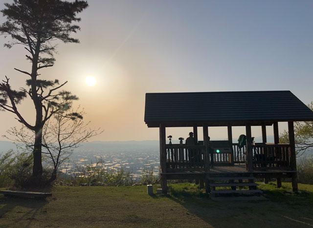 砺波市夢の平スキー場、鉢状山山頂展望台