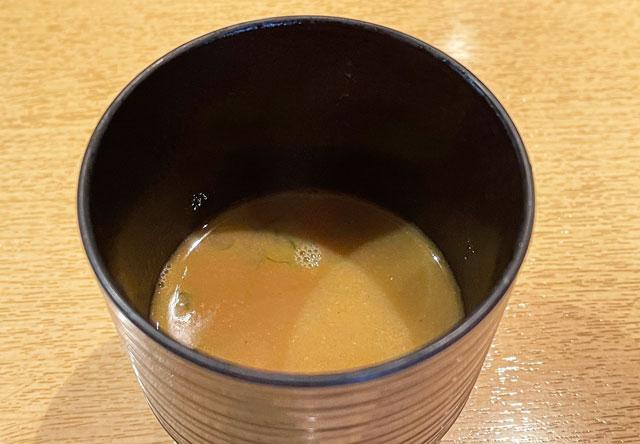 富山市のミシュラン一つ星の寿司屋「鮨人(すしじん)」のカブス汁