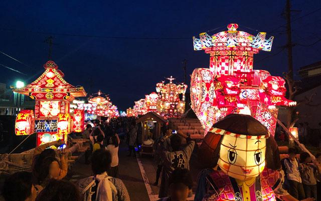富山県砺波市の庄川観光祭の夜高の大谷