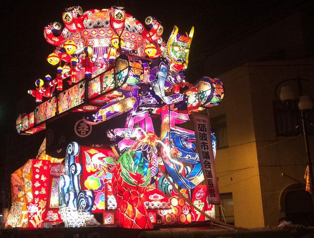 砺波夜高祭の行燈コンクール受賞行燈山車