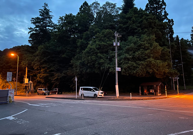 富山県富山市八尾「仁歩ほたるの里 農村公園」の駐車場3