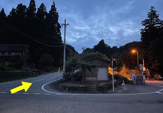 富山県富山市八尾「仁歩ほたるの里 農村公園」の駐車場4