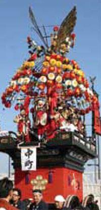 大門曳山祭り中町の山車