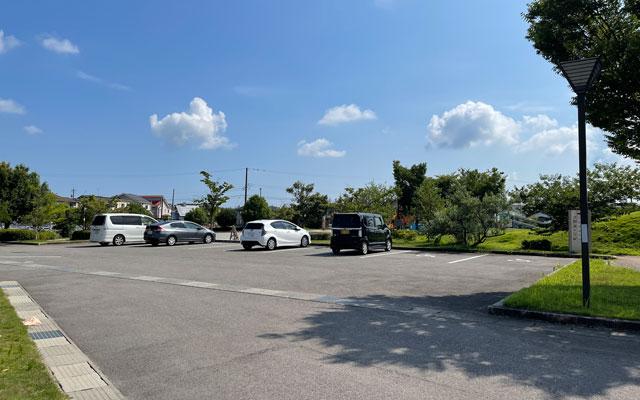 富山県射水市「グリーンパーク大門」の駐車場