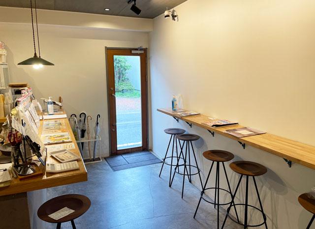 滑川市のお洒落カフェ「hammock cafe Amaca」のエントランス