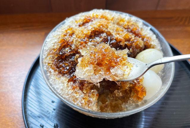 富山市豊田の老舗格安かき氷「いも屋」のかき氷の氷